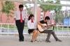 偶尔大家也会一起弹弹吉他,谈谈人生和理想